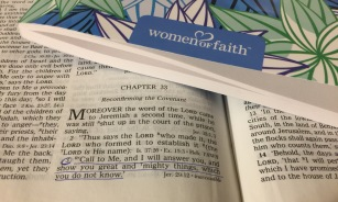 women-of-faith-bible-study-series-pic-of-bible